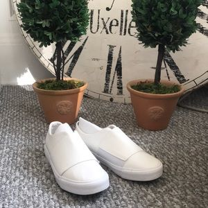 New Look Shoes - New Look leather-like white sneakers